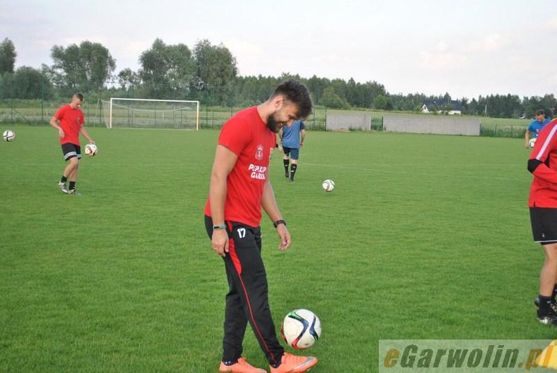 Piłka nożna, Wilga wznowiła treningi - zdjęcie, fotografia