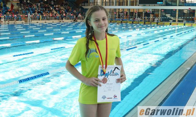 Pływanie, Jagoda Jonak brązową medalistką Warszawiance - zdjęcie, fotografia