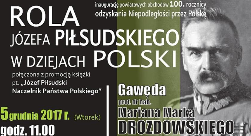 W Garwolinie, Gawęda Marszałku Piłsudskim Liceum Długiej - zdjęcie, fotografia