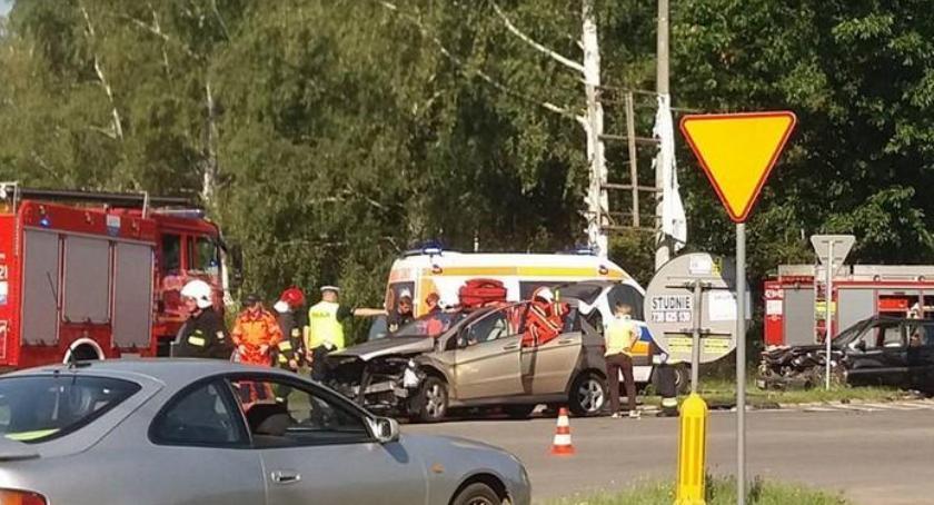 Wypadki drogowe , Wypadek Izdebnie ranna matka córka - zdjęcie, fotografia